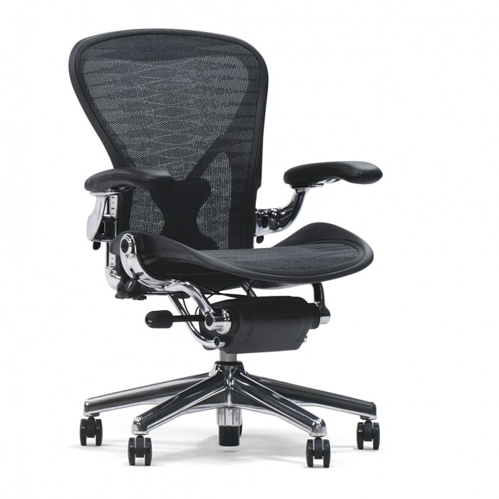 Herman Miller Aeron directiestoel full option posture fit gepolijst