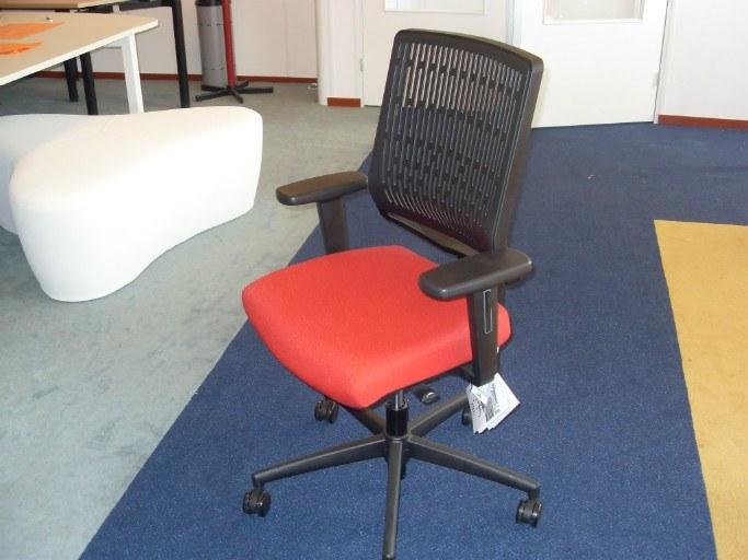 Dauphin MY-Self bureaustoel membraam rug