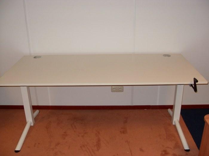 OKA bureau slingertafel 180*80 cm