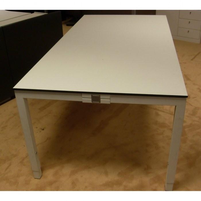 bureautafel triass 200 x 100 cm bureaus tafels. Black Bedroom Furniture Sets. Home Design Ideas