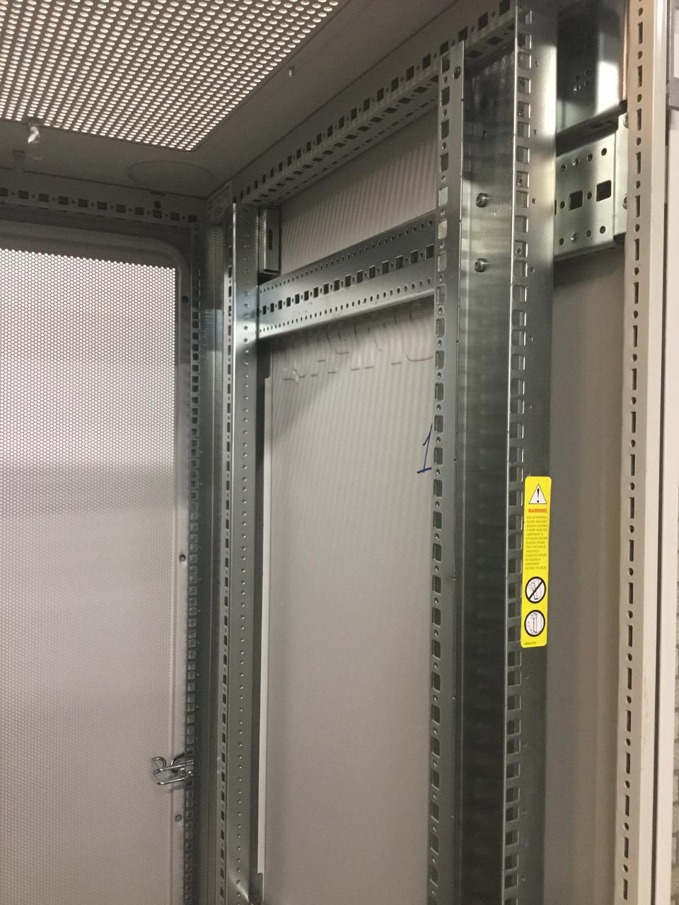 """Compaq 19"""" Serverkast 87 x 60 x 195 cm [13]  OUTL-CMPQ-19 3"""