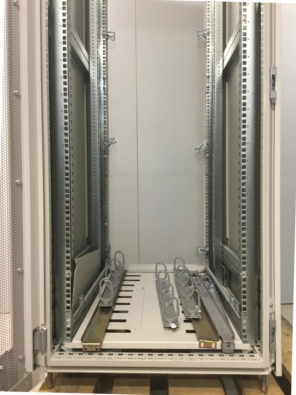 """Compaq 19"""" Serverkast 87 x 60 x 195 cm [13]  OUTL-CMPQ-19 5"""