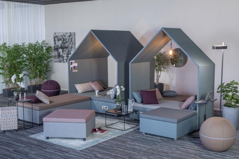 Götessons De Hut Lounge  110902 1