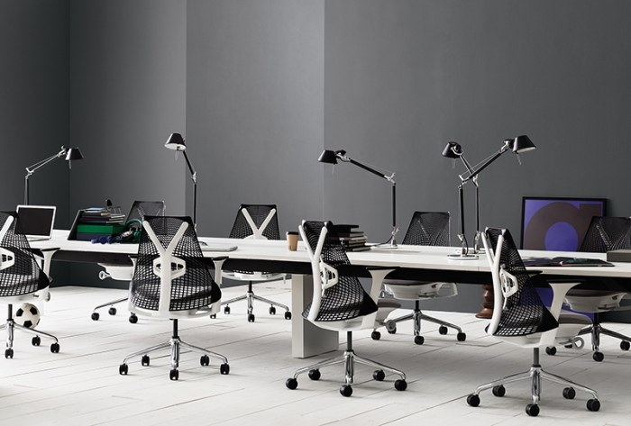 Herman Miller Sayl bureaustoel   AS1EA33HA N2 BK BB RO BK 11601 2
