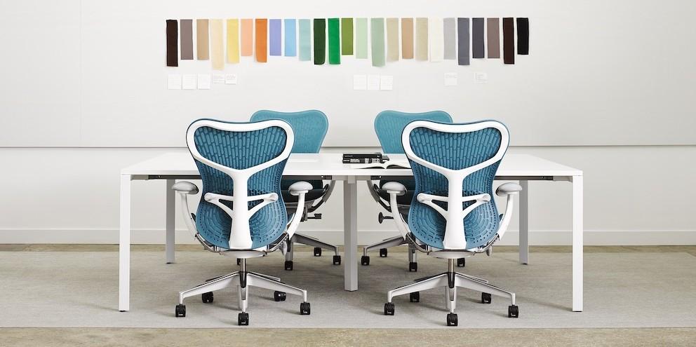 Herman Miller Mirra 2 stoelen sfeer