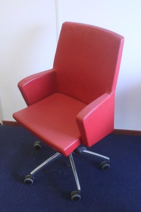 Sesta ADA bureaustoel leder rood [62]