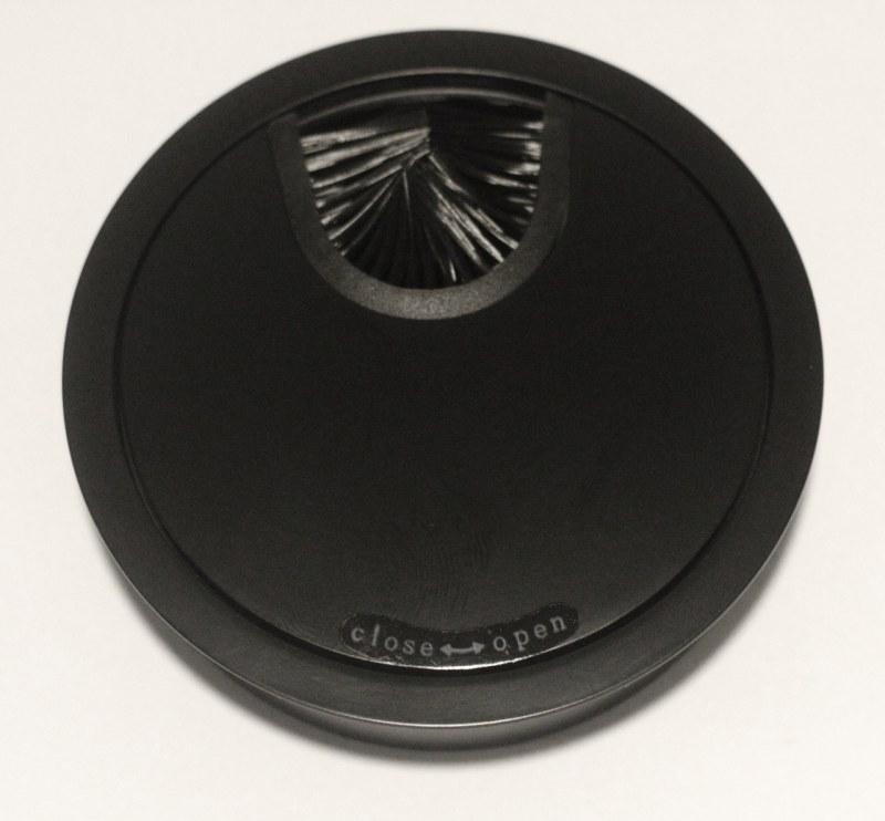 Kabeldoorvoer metaal Ø 88mm mat zwart gelakt