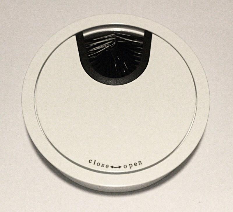 Kabeldoorvoer metaal Ø 88mm wit gelakt