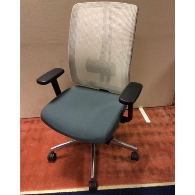 Dauphin bureaustoel met net rug