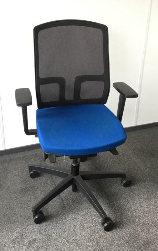 Beta bureaustoel met zitdiepteverstelling