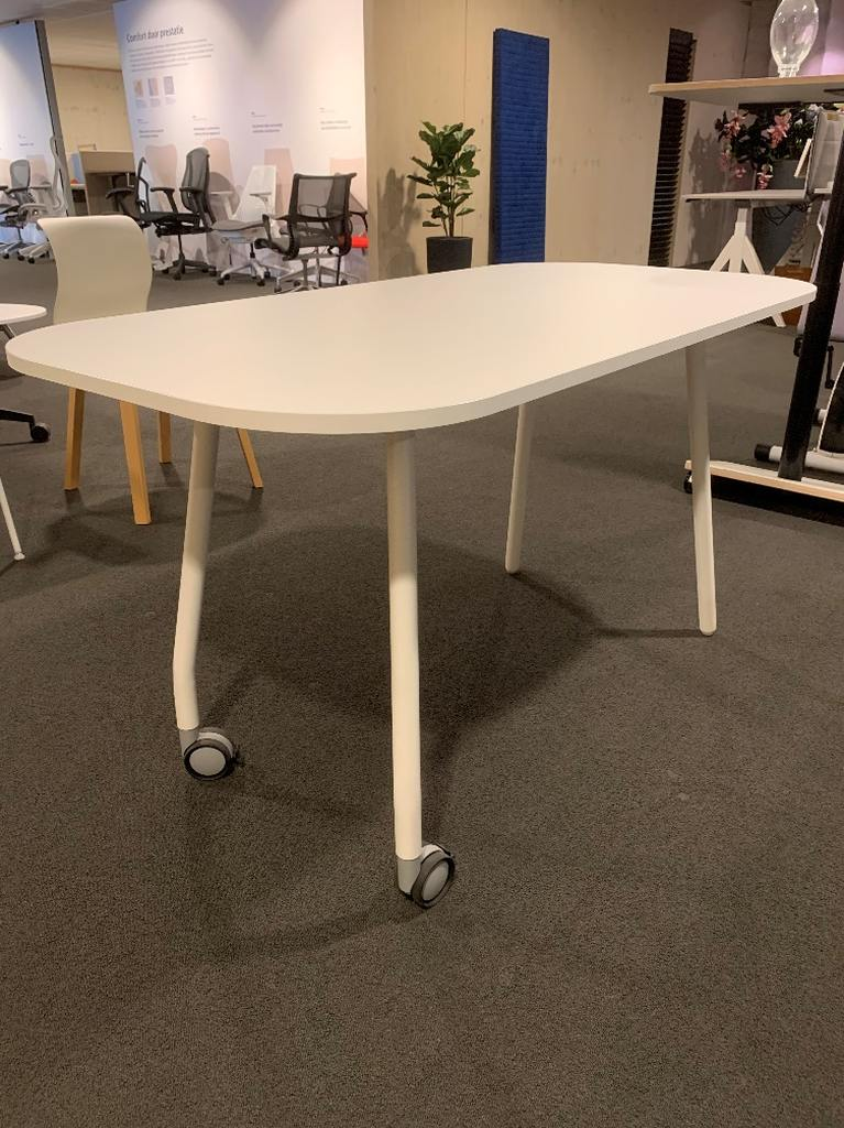 Sesta verrijdbare tafel wit  YU160  140 x 70 cm