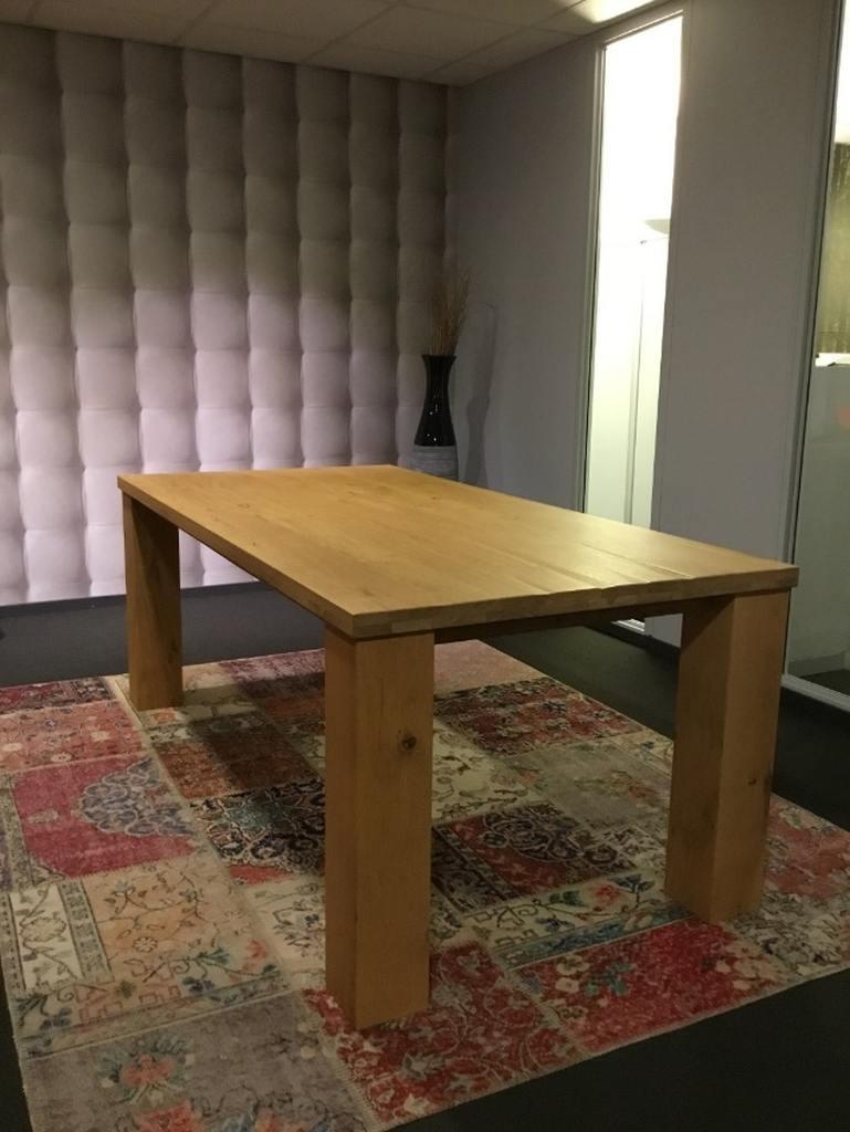 Chapla eikenhouten tafel 200 x 100 x 78 cm