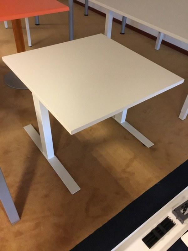 Huismerk bureautafel 80 x 80 cm