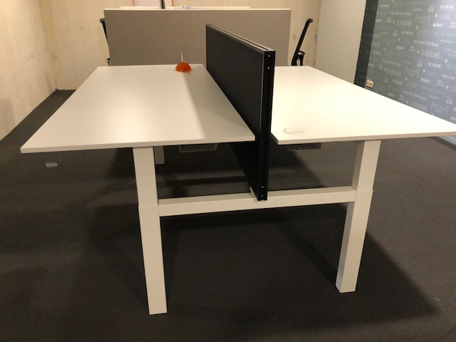 Huismerk Duo werkplek 2x 180 x 80 slingerverstelling