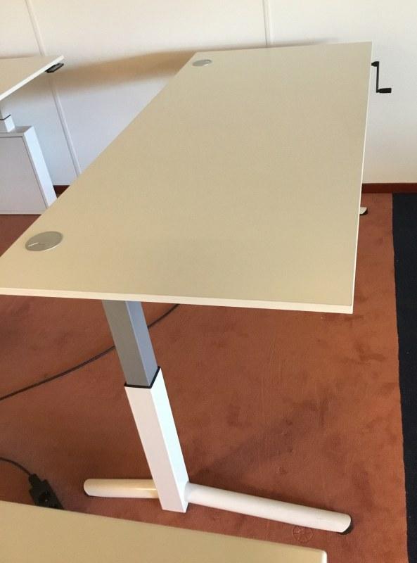OKA bureau met slingerverstelling 180 x 80 cm