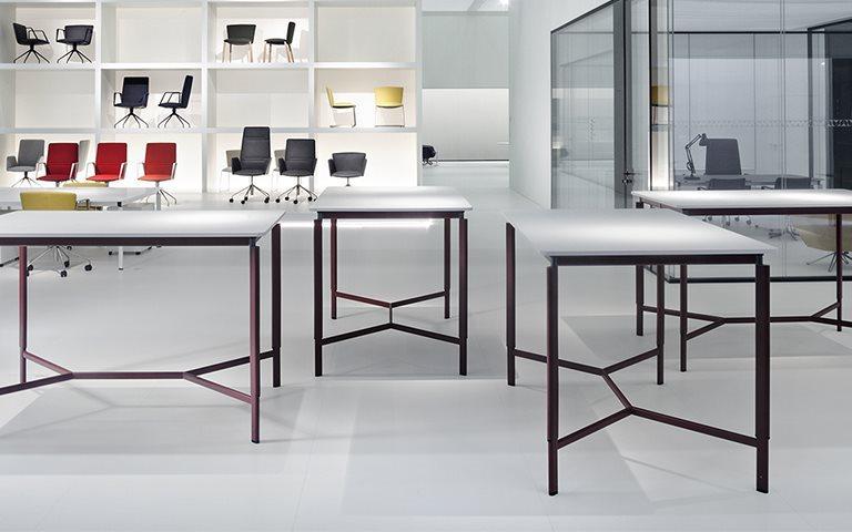 Tecno Clavis vergadertafel hoog 160 x 100 cm