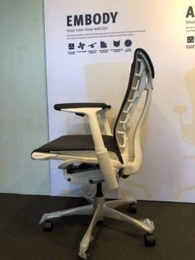 Herman Miller Embody white titanium bureaustoel  CN132 AWAA XT 91 BB 3512 2