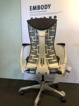 Herman Miller Embody white titanium bureaustoel  CN132 AWAA XT 91 BB 3512 3